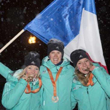 Marion Buillet porte-drapeau tricolore!